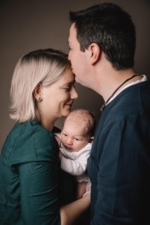 Lena mit Mama und Papa