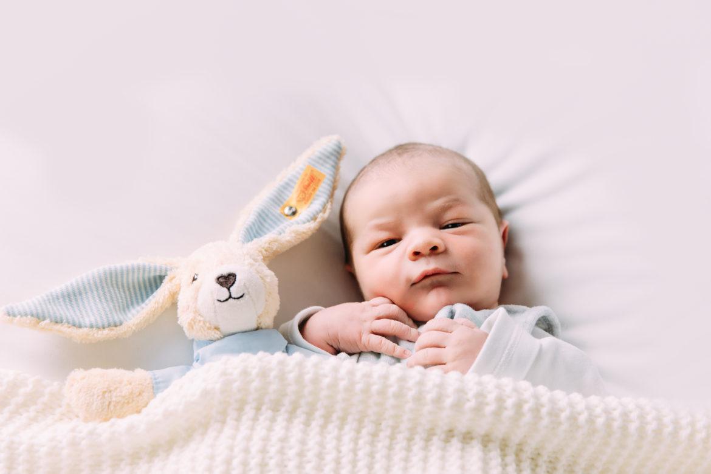Newbornshooting Augenblicke