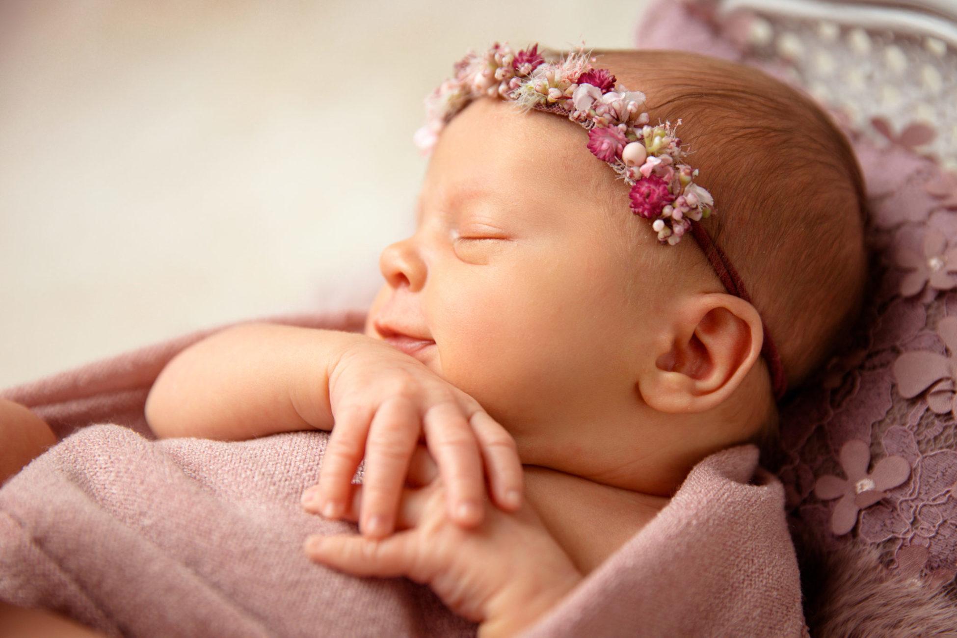 Stefanie Fleischmann Fotografie Newborn Bilder